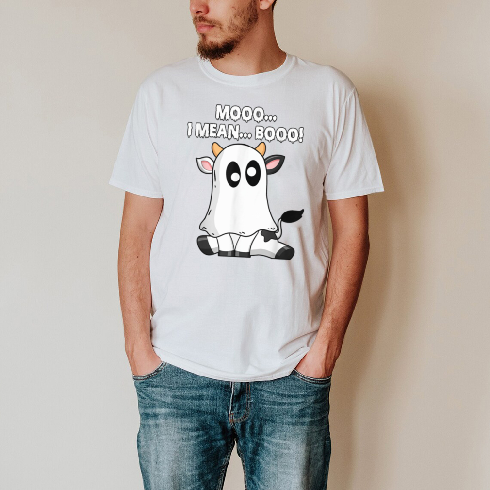 Funny Cow Moo I Mean Boo Funny Sayings Halloween T Shirt